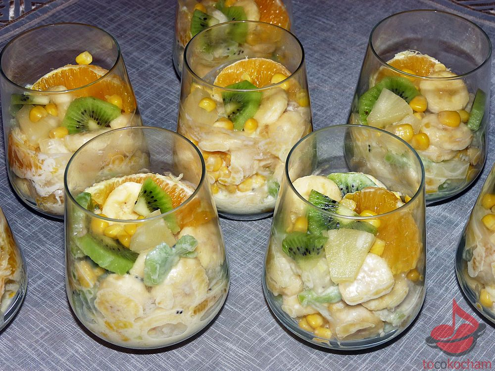 Sałatka owocowa zimowa tocokocham.com