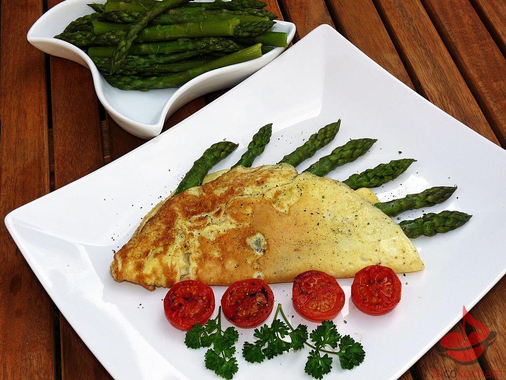 Omlet zeszparagami tocokocham.com