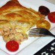 Calzone z ciasta francuskiego z łososiem tocokocham.com
