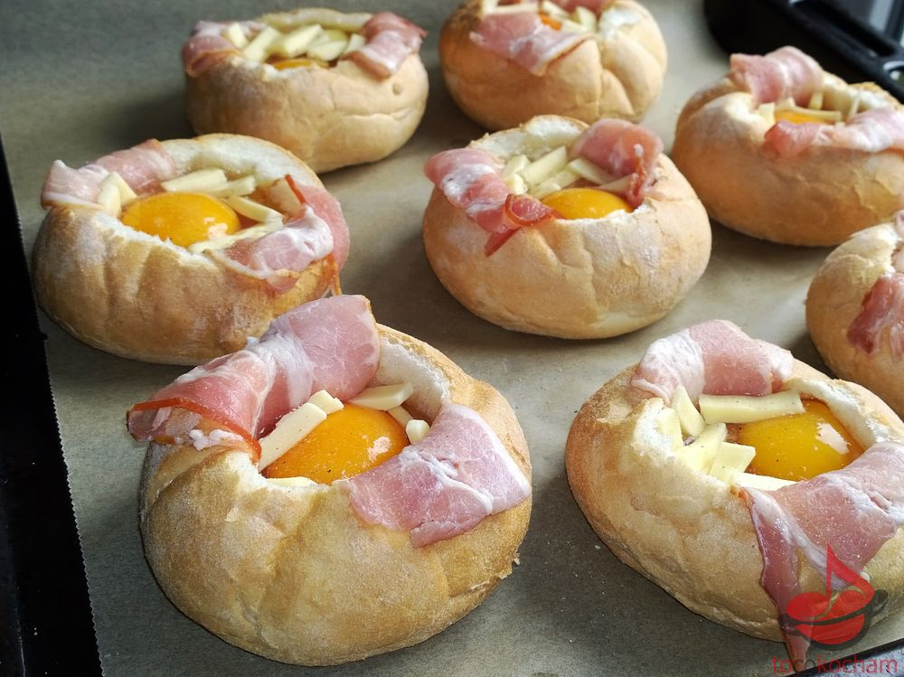 Jajka zboczkiem zapiekane wbułce tocokocham.com