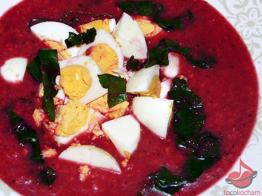 Zupa botwinkowa zkaszą jaglaną ijajkiem tocokocham.com