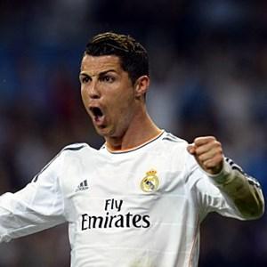 Cristiano Ronaldo najlepszy zawodnik seoznu 2013/2014 UEFA best player