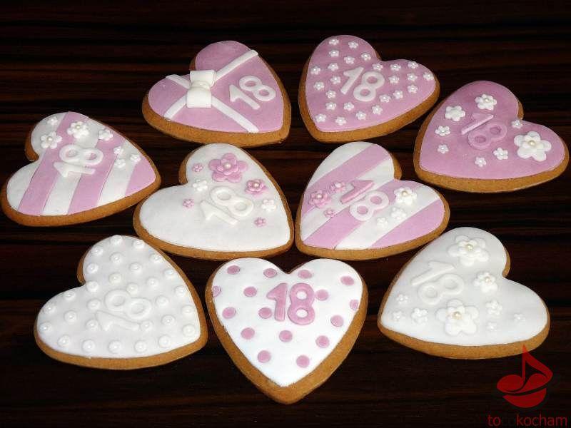 Dekoracja ciasteczek masą cukrową tocokocham.com