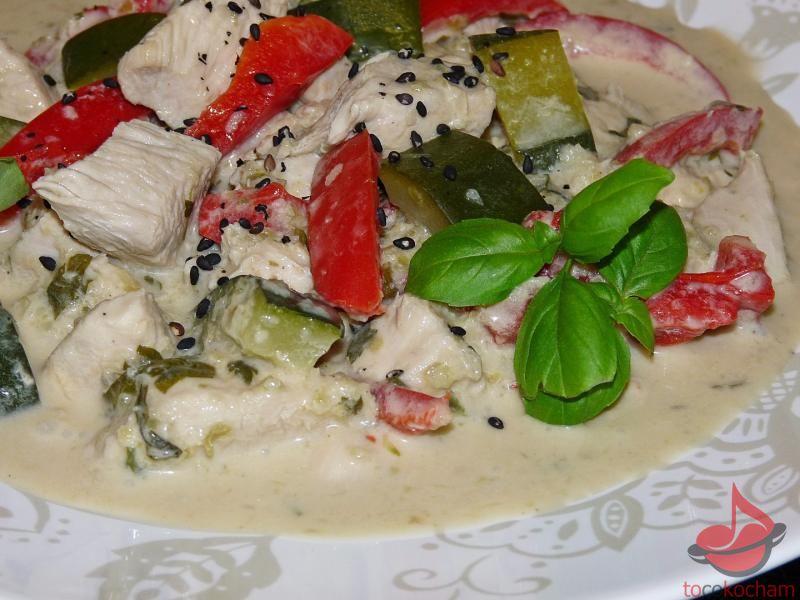 Zielone curry zkurczakiem tocokocham.com